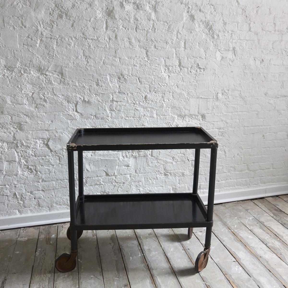 Trolley side table la caravane studio for Caravane chambre 19 shopping